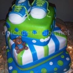 zapatos y osito verde y azul